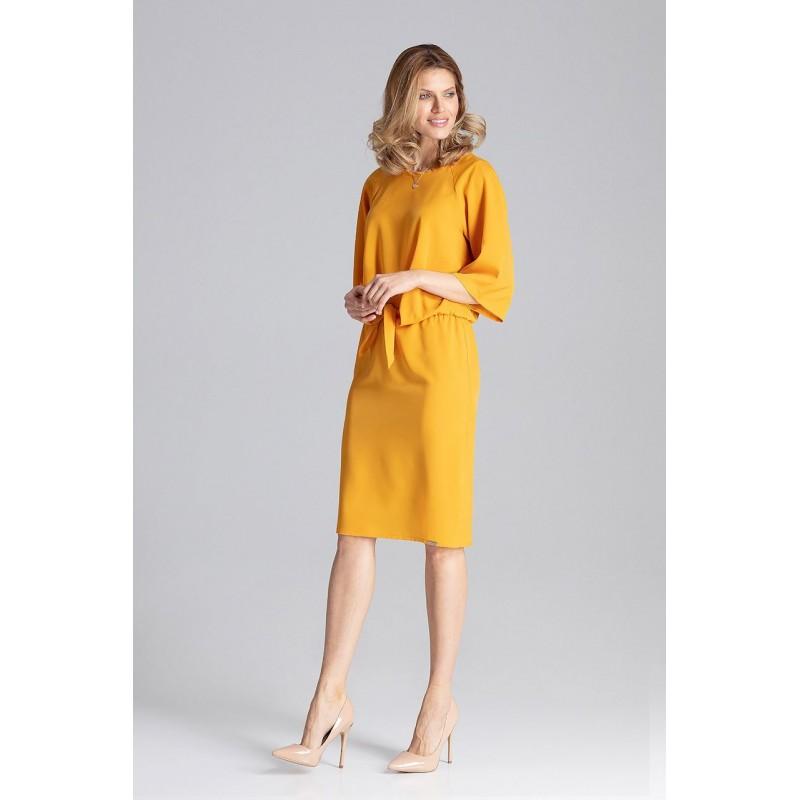 0d906bbe6320 Originálne dámske šaty v krásne žltej farbe rovného strihu s viazaním
