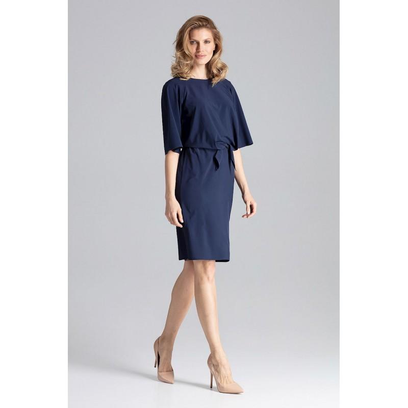 112d615b5c32 Elegantné tmavo modré dámske šaty rovného strihu a elastickým pásom