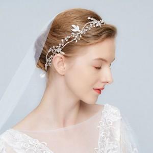 Štýlová korunka do vlasov na svadbu