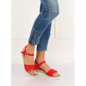 65626b7d4afc Pohodlné dámske letné červené sandále na nízkej platforme