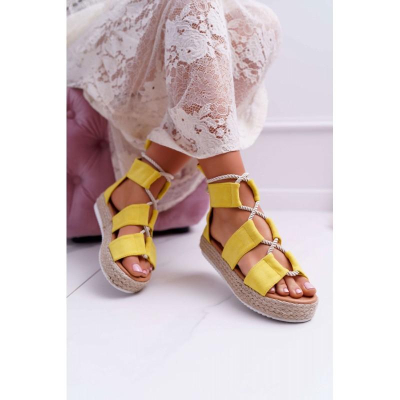 8f73f2622843 Štýlové dámske žlté sandále na platforme so zadným zipsom a šnúrkou