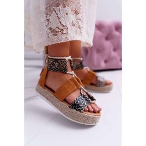Luxusné dámske sandále s hadím vzorom a na pletencovej platforme