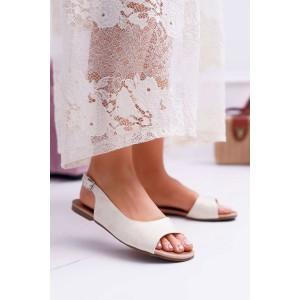 Elegantné dámske sandále v svetlo zlatej farbe s módnym vykrojením