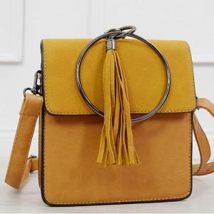 Štýlová dámska kabelka v krásne žltej farbe s kovovou okrúhlou úchytkou