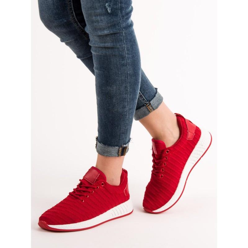 6d9e3e8f78 Štýlové dámske tenisky v červenej farbe