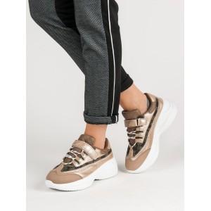 Dámske botasky na platforme v hnedej farbe