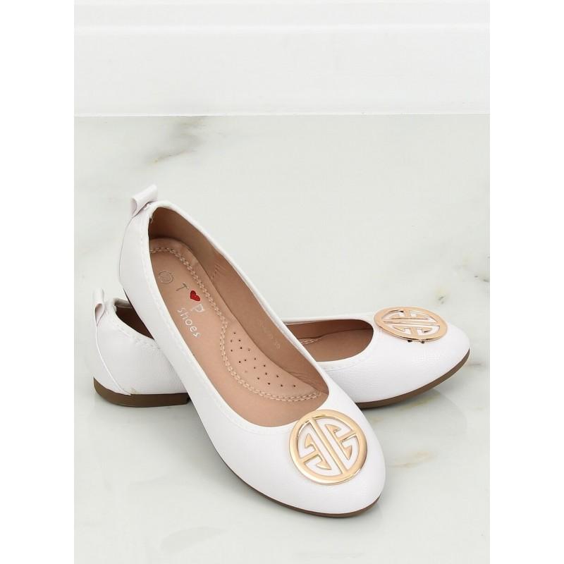 1ba19df7df41 Biele svadobné balerínky s ozdobnou zlatou sponou