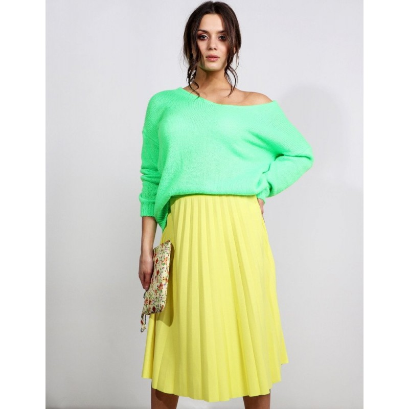 f381f248ff Krásna jarná dámska midi plisovaná sukňa v žltej farbe