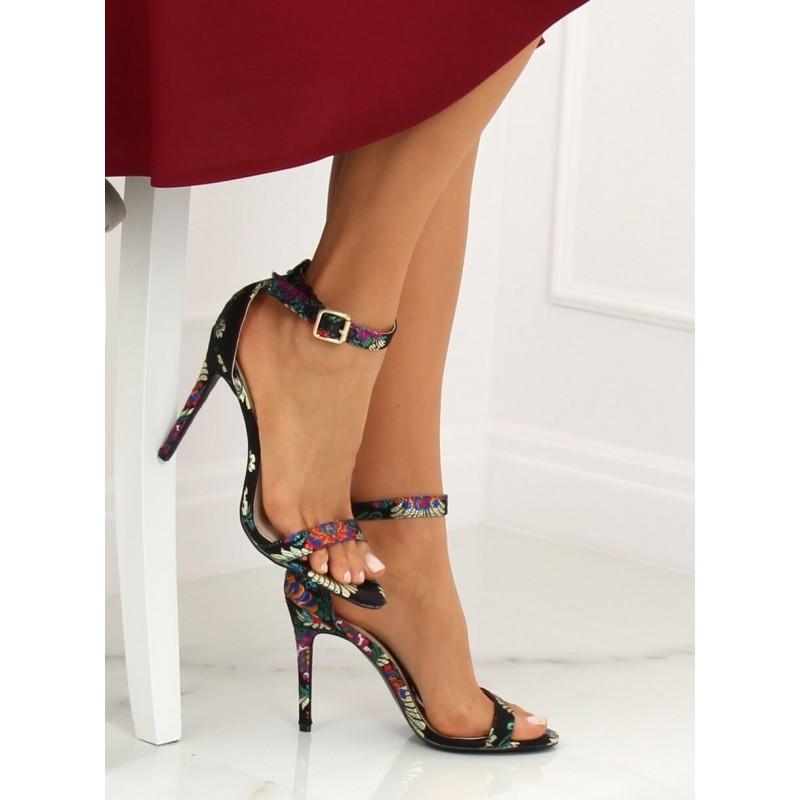 5d5f2eebbe7d Elegantné dámske čierne orientálne sandále na vysokom opätku