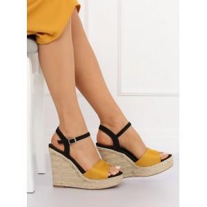 Pohodlné dvojfarebné letné sandále na platforme