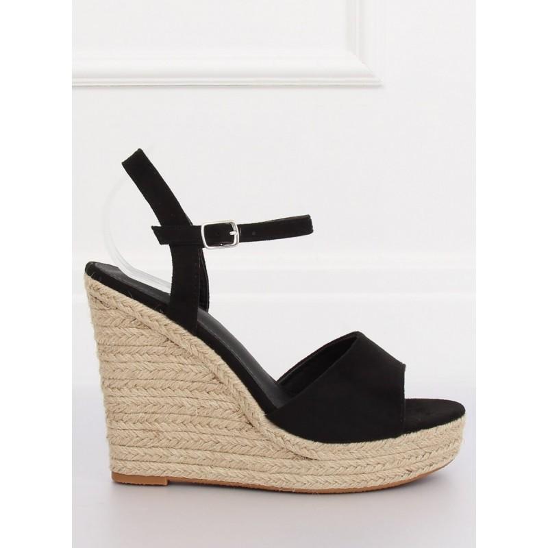 83a919d24e Klasické dámske sandále na platforme čiernej farby