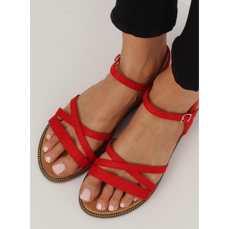 1c8d263bdb18 Pohodlné dámske sandále na nízkom podpätku
