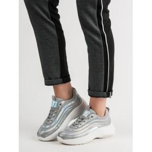 Moderné dámske tenisky v sivej farbe
