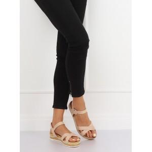 Dámske béžové sandále na platforme so striebornými kamienkami v leme