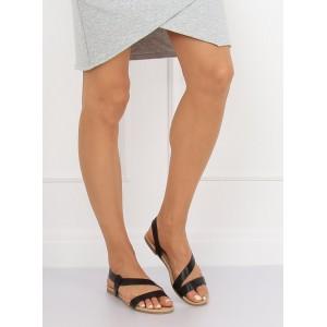 Čierne dámske nasúvacie sandále s pásmi na nízkej podrážke
