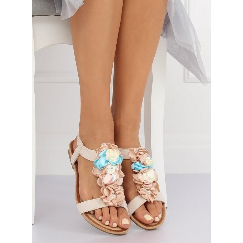 b933733cc0ea Dámske béžové vintage sandálky s ozdobnými kvetmi na nízke podrážke