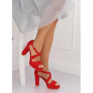 Dámske semišové sandále červené s plnou pätou a voľnou špičkou