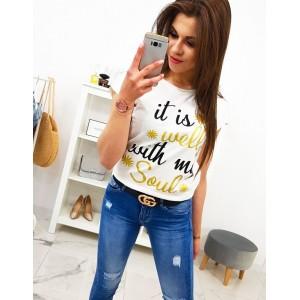 Smotanovo biele dámske tričko s krátkym rukávom a trendy nápisom