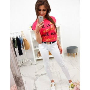 Trendy dámske tričko v krásnej malinovo červenej farbe s potlačou