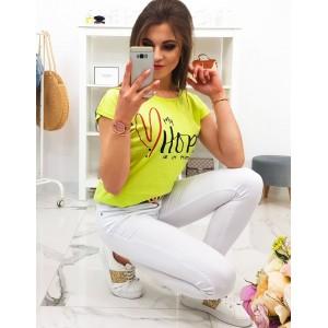 Štýlové dámske tričko limetkovo žltej farby s originálnym nápisom