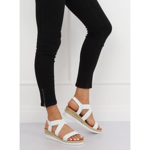 Biele letné dámske sandále na vyvýšenej platforme