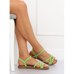 Žiarivo zelené dámske remienkové sandále na nízkej podrážke