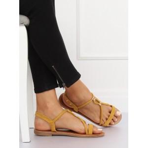 Žlté letné sandále so zapínaním okolo nohy a zlatými ozdobami