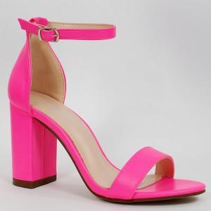 Štýlové neónovo rúžove dámske sandále na vysokom hrubom opätku