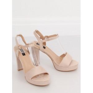 Vysoké letné sandále béžovej farby na platforme