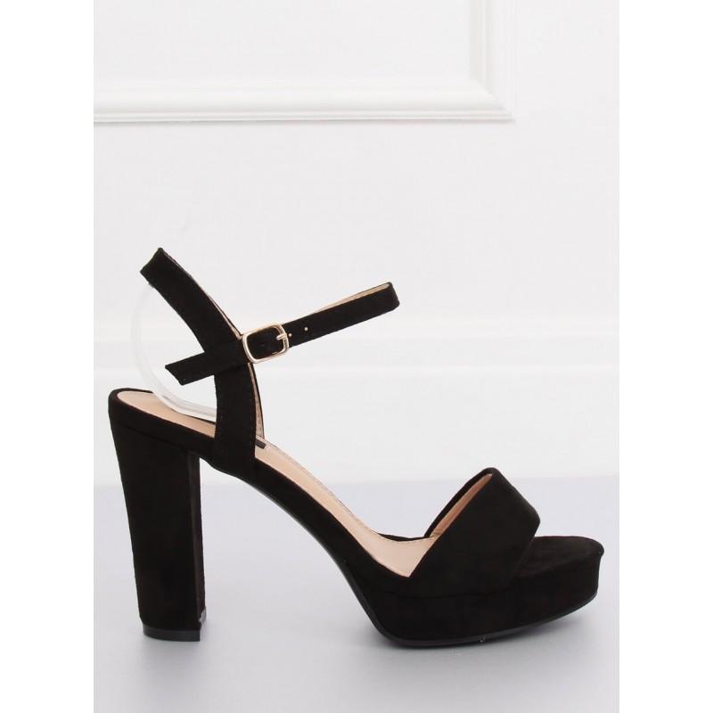 9a8de9b6ef Elegantné dámske sandále na platforme čiernej farby