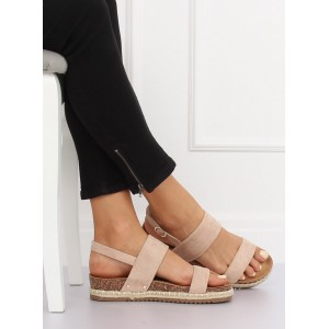 Nízke sandále na korkovej podrážke ružovej farby
