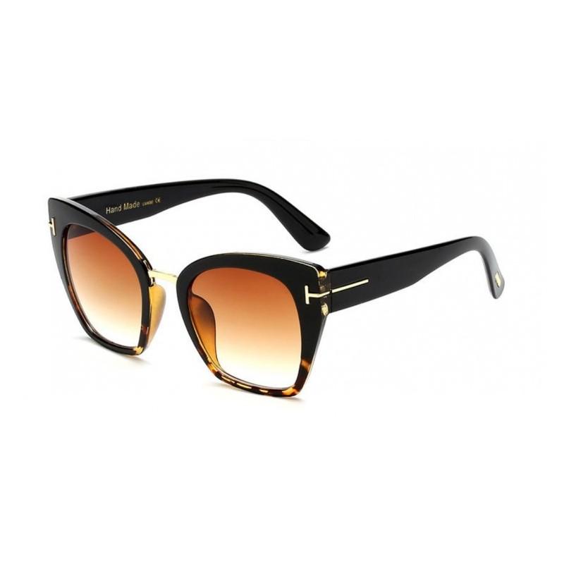 23112f7e6 Elegantné dámske slnečné okuliare čiernej farby