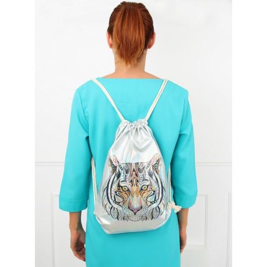 Kvalitný športový batoh s potlačou tigra
