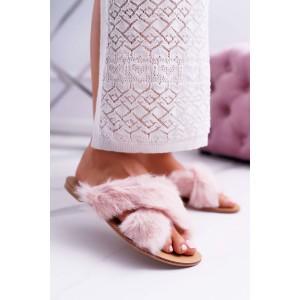 Dámske chlpaté papuče v ružovej farbe