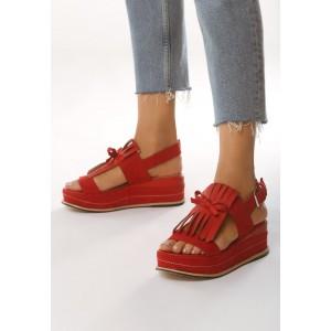 Červené dámske sandále na opätku