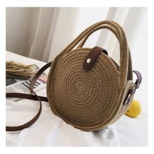 Dámska pletená kabelka so zapínaním na pracku