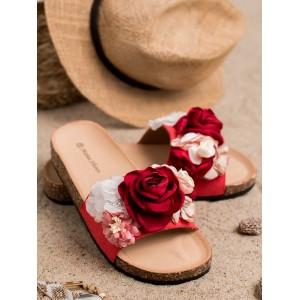 Krásne dámske červené dreváky šľapky s výraznými kvetmi