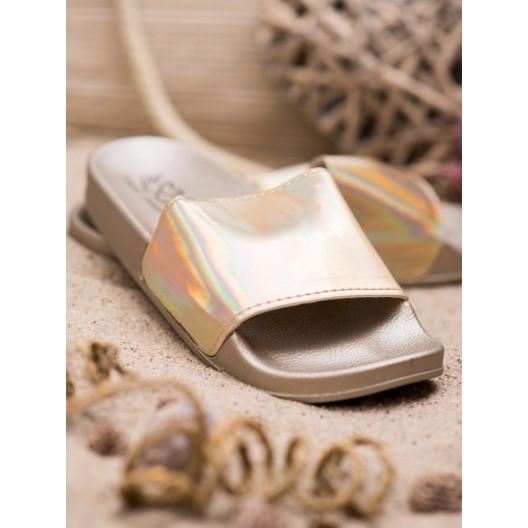 Zlato metalické dámske šľapky na gumovej podrážke