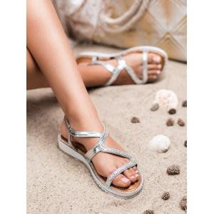 Krásne strieborné dámske sandále so zirkónmi a na vyvýšenej podrážke