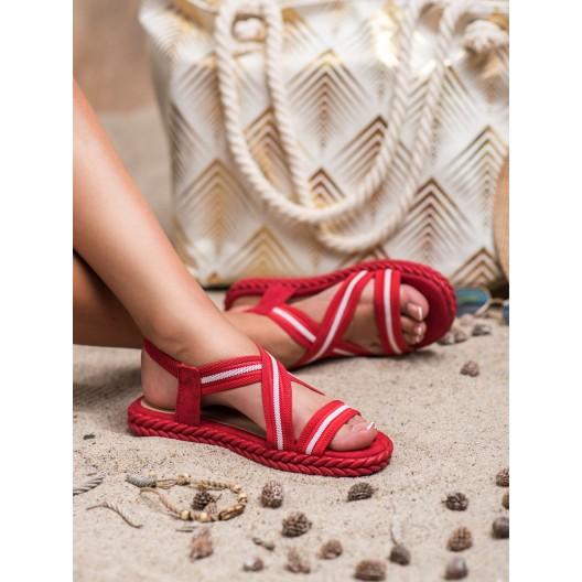 Originálne dámske nízke červené sandále s ozdobným pletencom
