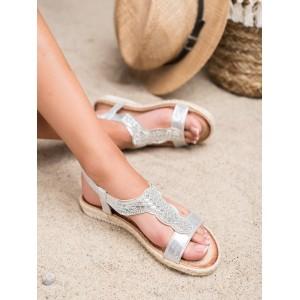 Krásne strieborné sandálky so zirkónmi a pletencom v leme