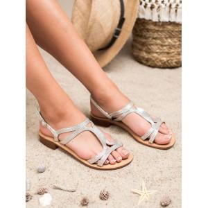 Strieborné dámske sandále na nízkom opätku s viazaním na remienok