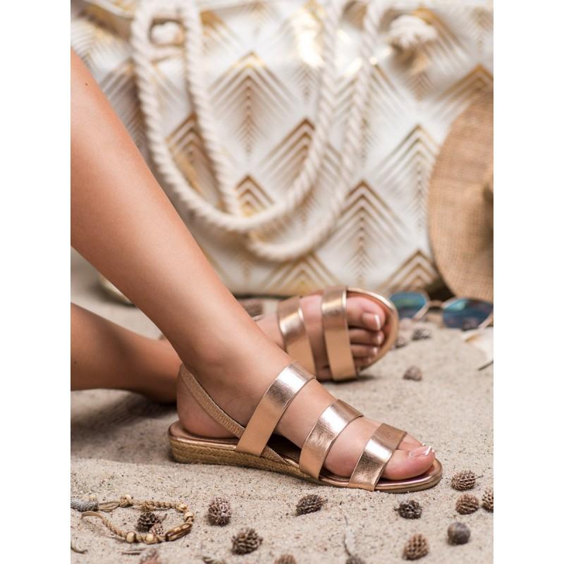 5229f3a9013a6 Metalicko ružovo zlaté sandále na podrážke s pletencom