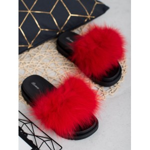 f8f839bec Trendy dámske červené kožušinové šľapky ...