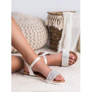 Dámske spoločenské strieborné sandále nízke s lesklými kamienkami
