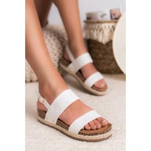 Štýlové dámske biele sandále na korkovej podrážke s pletencovým lemom