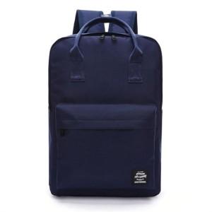 Lacný školský ruksak v modrej farbe na ramená