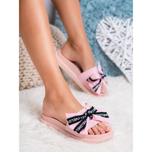Ružové dámske šľapky na platforme s ozdobnou mašľou LOVE