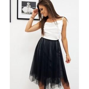 Moderná dámska sukňa v čiernej farbe