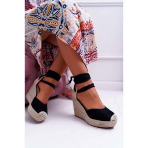 Vysoké dámske čierne sandále
